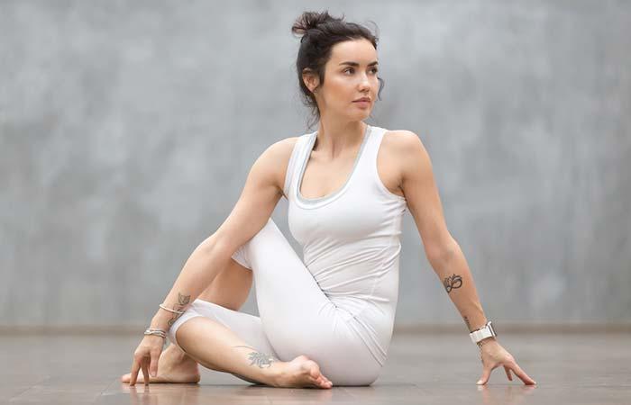 Ardha Matsyendrāsana Yoga para el sistema nervioso