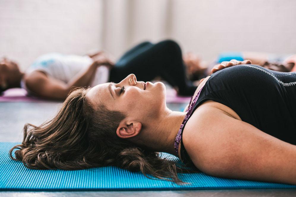 Porady dla początkujących przed pierwszą klasą jogi